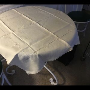 White Vintage Card Table Cloth